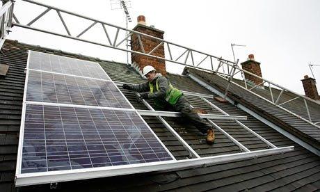 atap panel surya