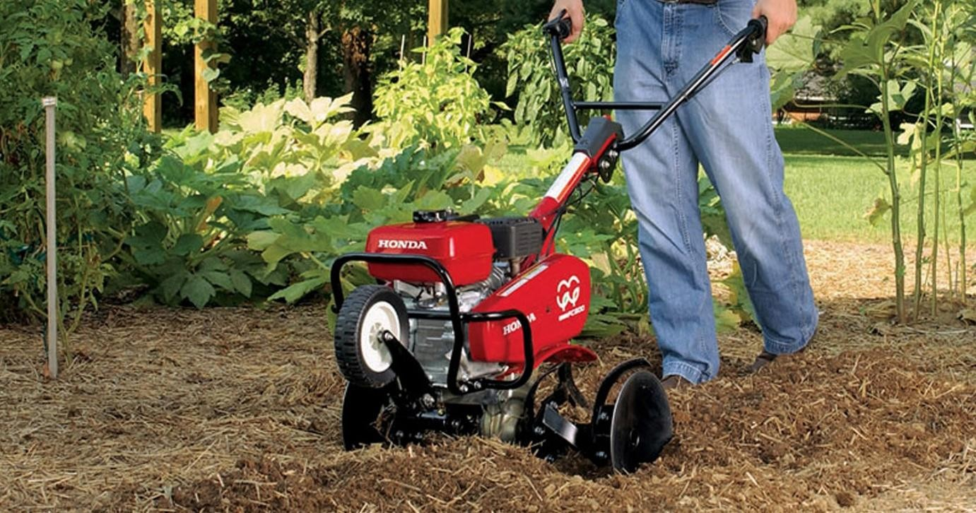 How to choose a cultivator to give Cultivators: reviews. Electric cultivator for gardening 66